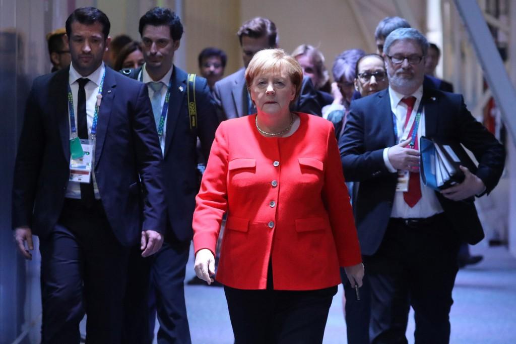 attacco hacker in Germania coinvolge anche la Merkel